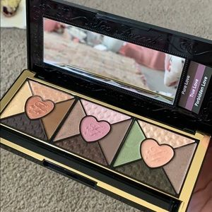 Too Faced passionately pretty eyeshadow palette